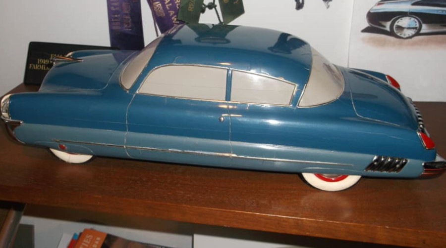 Elia Russinoffs Fisher Body Craftsmans Guild model from 1949 Eva Corvair Lady McGuire RESIZED 3