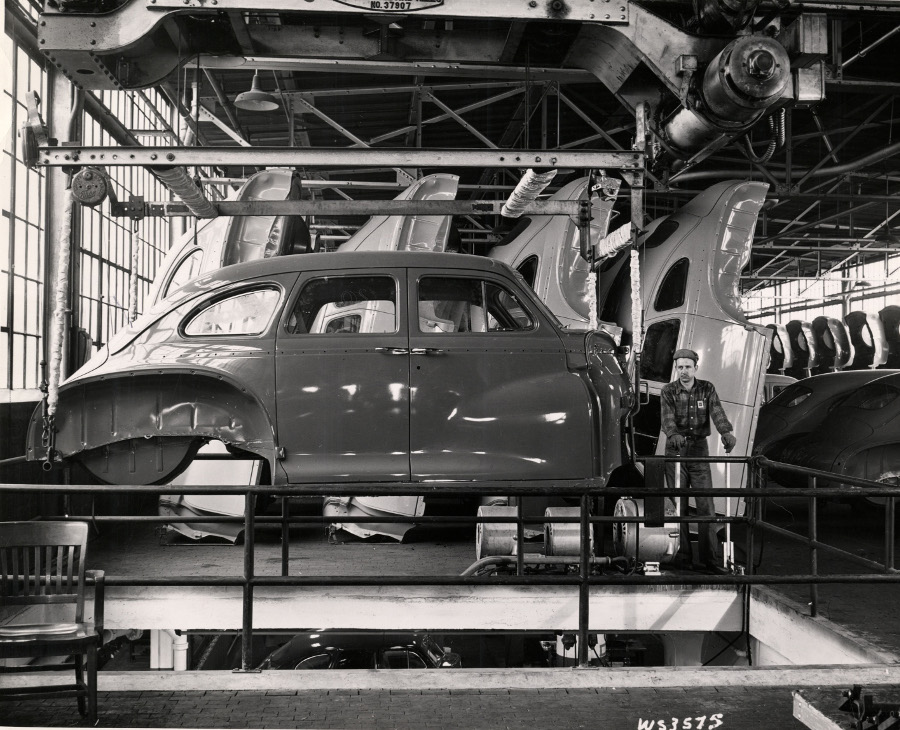 Early 1940s DeSoto bodies being manufactured NAHC RESIZED 4