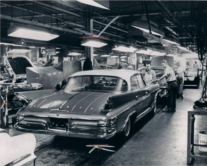 Last 1961 DeSoto assembly line Chrysler Corporation 7