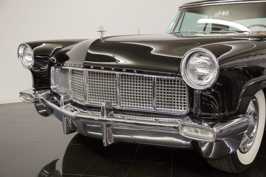 Front end of the 1956 Continental Mark II St Louis Car Museum RESIZED 7