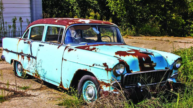 1955 Chevrolet with much corrosion 3