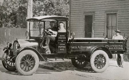 MotorCities - Oldsmobile's Early Foray Into the Truck Market